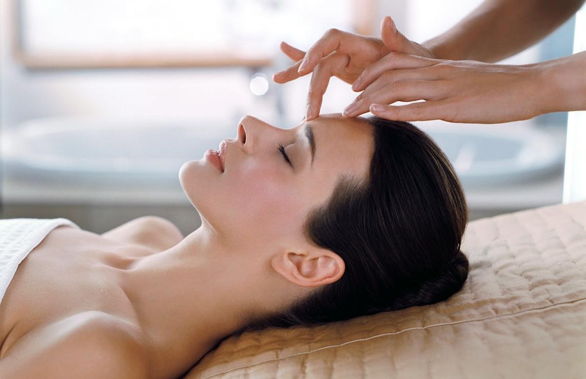 Il massaggio Shiatsu: benefici e tecniche