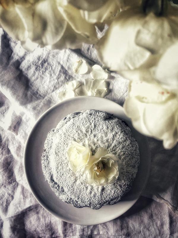 torta-moretta-vegana-con-crema-al-cocco-01